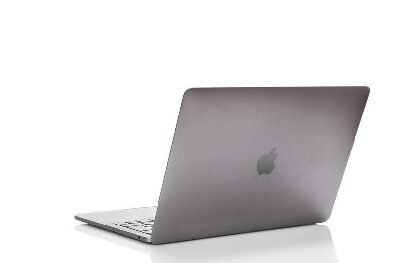 MacBook Air 新型 とMacBookAir 旧型 比較