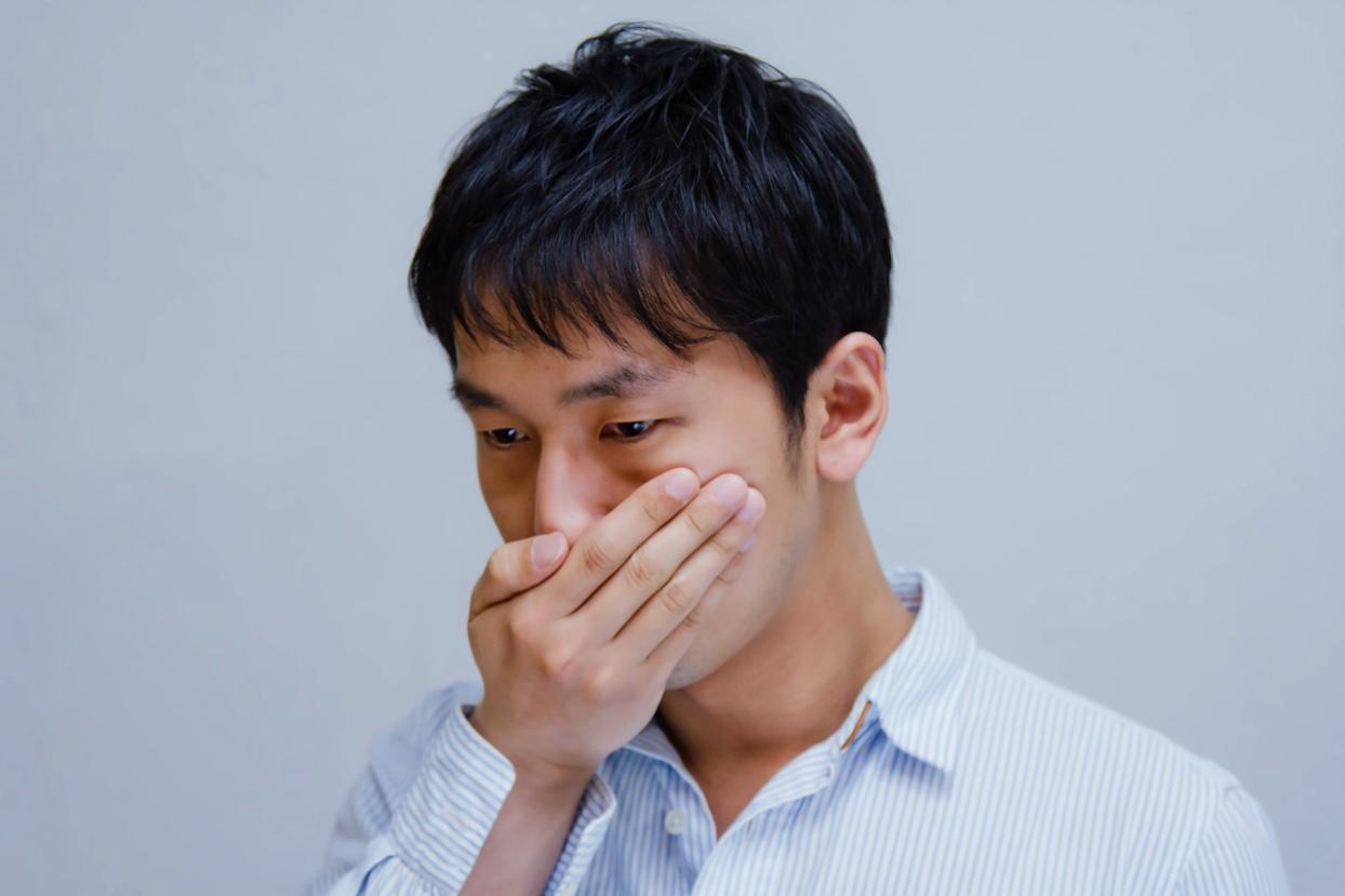 【オーラクリスター・ゼロ】手軽に口臭除去対策をしよう